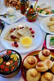 Ein üppiges russisches Frühstück. (Bild: Flurina Rothenberger)