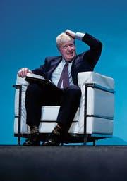 Johnson musste sich am Samstag in Birmingham unangenehmen Fragen stellen. (Bild: Christopher Furlong/Getty)