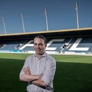 Der Luzerner Sportchef Remo Meyer ist möglicherweise auf der Suche nach einem neuen Keeper für die Mannschaft von Thomas Häberli fündig geworden. (Bild: Pius Amrein, Luzern, 27. Mai 2018)