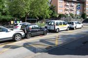 Die vier in den Auffahrunfall vom Montag auf der Teufener Strasse verwickelten Autos. (Bild: Stadtpolizei St.Gallen - 24. Juni 2019)