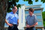 Sind mit BE Netz AG ins Energiehaus Luzern eingezogen: Gründer und Inhaber Adrian Kottmann (links) und Geschäftsleiter Marius Fischer. (Bild: PD)