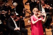 Lucie Kočí bei ihrem Auftritt am Solistenkonzert im KKL. (Bild: Jakob Ineichen, Luzern, 25.6.2019)