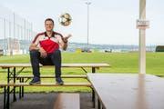 Vereinspräsident Daniel «Bugi» Bussmann im Clubhaus des FC Nottwil. (Bild: Dominik Wunderli, Nottwil, 25.Juni 2019)