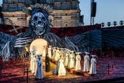 An der Hauptprobe für die Verdi-Oper «Il trovatore» auf dem St.Galler Klosterplatz. (Bild: Urs Bucher - 25. Juni 2019)
