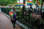 In New York steigt am 30. Juni das grösste Gay-Pride-Festival der Welt: 4,5 Millionen Menschen werden erwartet. (AP Photo/Bebeto Matthews)