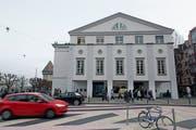 Aussenfassade des Luzerner Theaters. Bild: Corinne Glanzmann (Luzern, 29. November 2018)