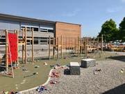 Der neue Pausenplatz rundet das Gesamtbild ab.