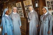 Die Schwestern Cecilia aus Nigeria, Elisabeth aus Polen, Gertrud aus Österreich und Regina aus Indien (von links) leben und arbeiten in Zug. (Bild: Christian H. Hildebrand, 24. Juni 2019)