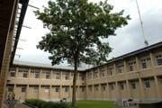 Der Kanton hegt Pläne, das Kantonalgefängnis in Frauenfeld um eine oder zwei Etagen aufzustocken. (Bild: Nana do Carmo)