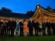 Gruppenbild am G20-Gipfel am Samstag in Osaka. (Bild: KEYSTONE/AP/SUSAN WALSH)