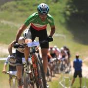 Der Italiener Gerhard Kerschbaumer fuhr die Konkurrenz im Eliterennen in Grund und Boden. (Bild: Urs Hanhart, Andermatt, 30. Juni 2019)