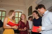 Die vier Besten Maturanden an der Sportmittelschule (von links): Giulia Tanno (Lenzerheide), Vivianne Härri (Giswil), Laura Bütler (Engelberg) und Elias Ott (Sattel). (Bild: Marion Wannemacher, Engelberg, 29. Juni 2019)
