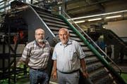 Giuseppe Lamorte (links) und Ernst Schönauer haben 2016 die Wasch- und Härtetechnik AG (WHT) in Oberriet gegründet. (Bild: Benjamin Manser)
