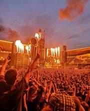 Die Funken sprühten auf der Bühne. (Bild: Daniela Roduner)