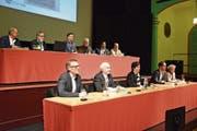 Stadtrat Daniel Stutz (vorne links) steht bei den Bürgerlichen nicht allzu hoch im Kurs. (Bild: Nicola Ryser)