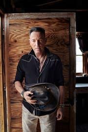 Bruce Springsteen ganz kitschig: Er zelebriert auf seinem neuen Album Cowboy-Romantik und singt über ein versöhnliches Amerika. (Bild: Sony)