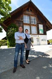 Andreas Diethelm hat das Gemeindehaus in Brüschwil bereits verlassen, und auch für Nadja Flammer heisst es schon bald Abschied nehmen von der Hefenhofer Verwaltung.: (Bild: Manuel Nagel)