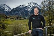 Matthias Glarner arbeitet bei den Bergbahnen Meiringen-Hasliberg als Personalbetreuer. (Bild: Boris Bürgisser (Hasliberg, 17. Mai 2019))