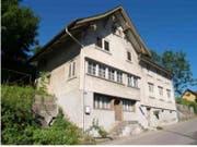 Das 2009 aus der Schutzverordnung entlassene und zwischenzeitlich abgebrochene «Vielzweckbauernhaus» aus dem 19. Jahrhundert. (Bilder: gk)