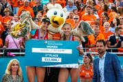 Vor einem Jahr gab es für Tanja Hüberli (links) und Nina Betschart EM-Silber. (Bild: Roland Speijer (The Hague, 21. Juli 2018))