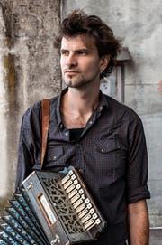 Der französische Bandleader und Akkordeonist Vincent Peirani. (Bild: ZVG)