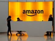 Der Internetriese Amazon setzt in Zeiten der Digitalisierung auf die Fortbildung seiner US-Mitarbeitenden. Amazon nimmt dafür rund 700 Millionen Dollar in die Hand. (Bild: KEYSTONE/AP/MARK LENNIHAN)