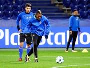 Scheiterte am Afrika-Cup mit dem entscheidenden Penalty am Pfosten: Basels ivorischer Mittelfeldspieler Geoffroy Serey Die (Bild: KEYSTONE/EPA/SERGEI CHIRIKOV)