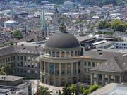 An der ETH Zürich werden Gelder und Ämter in den Departementen fair verteilt, sagte ein externer Bericht. (Bild: Keystone/CHRISTIAN BEUTLER)