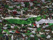 Algeriens Sieg über die Elfenbeinküste am Afrika-Cup wurde in Paris von den algerischen Fans nicht nur friedlich gefeiert (Bild: KEYSTONE/EPA/STR)