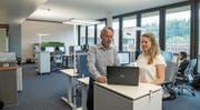 Arbeiten seit April im neuen Büro in Root: Markus Zumbühl und Katja Vernez von Ipsos Schweiz. Bild: Dominik Wunderli (12. Juli 2019)