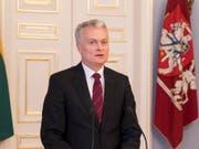 Der neue litauische Staatspräsident Gitanas Nauseda hat sein Amt am Freitag angetreten. (Bild: KEYSTONE/AP/MINDAUGAS KULBIS)