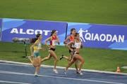 Chiara Scherrer (Zweite von links) zu Beginn des Rennens. (Bild: PD)