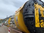 Die Tunnelbohrmaschine auf dem Werkhof der Firma Marti Tunnel AG in Klus-Balsthal ist vormontiert. (Bild: PD)