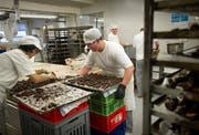 Ein Bild aus besseren Zeiten: Seit Donnerstag ist der Ofen bei der Bäckerei Gehr aus. Der Betrieb ist Konkurs. (Bild: Benjamin Manser, 23. November 2011)