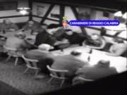 Screenshot eines Überwachungsvideos der Frauenfelder Zelle der kalabresischen 'Ndrangheta, der von der italienischen Polizei 2014 veröffentlicht wurde. (Bild: Keystone)