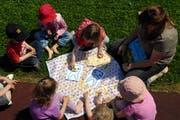 Eine Spielgruppe in Stans beschäftigt sich mit dem Thema Karies. (Symbolbild: Neue LZ)