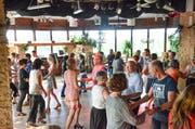 Jeder tanzt mit jedem: Hauptsache der Spassfaktor ist hoch. (Bilder: Christoph Heer)
