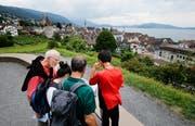 Der Detektiv-Trail führt unter anderem zum Aussichtspunkt Guggi oberhalb der Stadt Zug. (Bild: Stefan Kaiser (Zug, 15. Juli 2019))