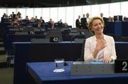 Neue starke Frau in Brüssel: Ursula von der Leyen soll Jean-Claude Juncker am 1. November beerben. (Bild: Keystone)