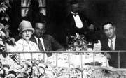 Drei Spione an einem Tisch: Benita von Falckenhayn, Günther Rudloff und der «polnische James Bond» Jerzy Sosnowski. (Bild: Getty)