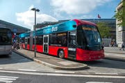 Der E-Bus ohne Fahrleitungen (Bild: Dominik Wunderli)
