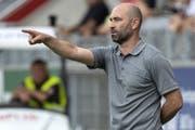 Der neue Xamax-Trainer Joël Magnin lässt mit 5 Verteidigern spielen. (Bild: Keystone)