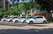 Die fünf Sponti-Cars der Gemeinden Mosnang, Wildhaus-Alt St. Johann, Neckertal, Ebnat-Kappel und Kirchberg. (Bild: PD)
