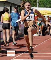 Die 17-jährige Oberegger Dreispringerin wird die Schweiz am EYOF in Baku, Aserbaidschan, vertreten dürfen. (Bild: Archiv)