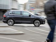 Volkswagen profitiert von der steigenden Nachfrage nach Stadtgeländewagen. (Bild: KEYSTONE/GAETAN BALLY)