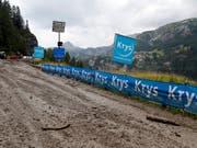Ein Unwetter an der Tour de France bewirkt auch eine Verkürzung der Etappe vom Samstag (Bild: KEYSTONE/AP/THIBAULT CAMUS)