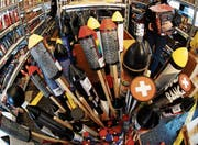 Der Verkauf von Feuerwerk ist mit strengen Auflagen verbunden.Bild: Steffen Schmidt/Key