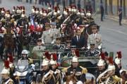 Präsident Emmanuel Macron auf den Champs Élysées anlässlich der Militärparade zum Nationalfeiertag am 14. Juli (Bild: Keystone)
