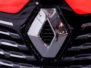 Der französische Autobauer Renault hat seine Umsatzprognose gesenkt. (Bild: KEYSTONE/EPA/TOMS KALNINS)