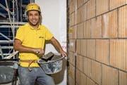 Yusuf Rashidi macht weiter und beginnt in Baar bald die zweijährige Zusatzlehre zum Maurer mit eidgenössischem Fähigkeitszeugnis. Bild: Philipp Schmidli/PD